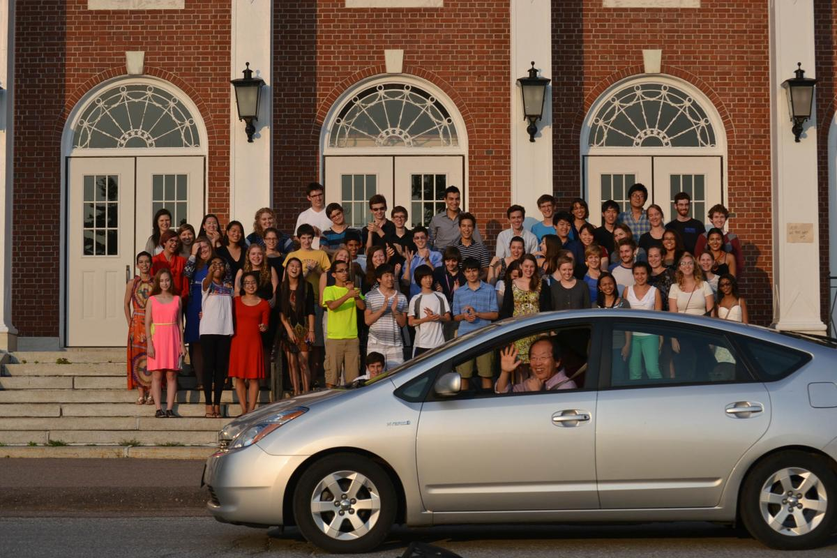 2014 students on steps of Southwick Hall
